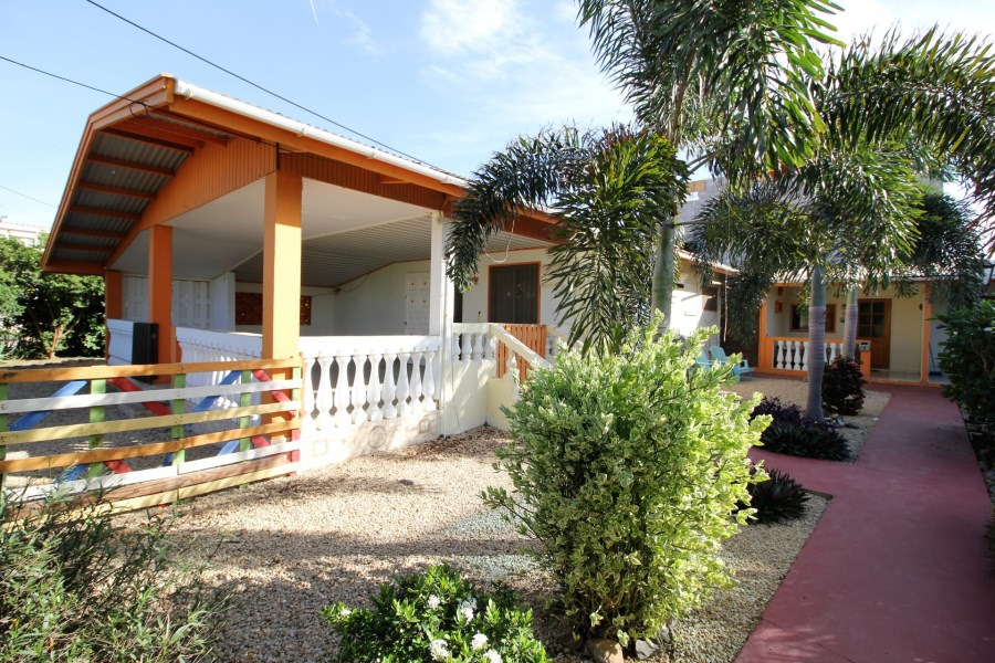 RE/MAX real estate, Aruba, Noord, Noord 41A with 4 apartments