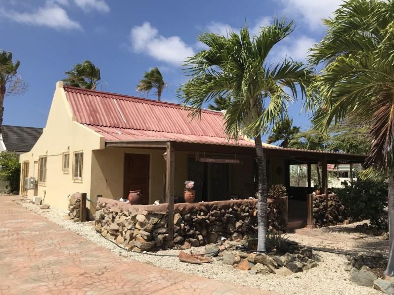 RE/MAX real estate, Aruba, Santa Cruz, Catashi 6 O