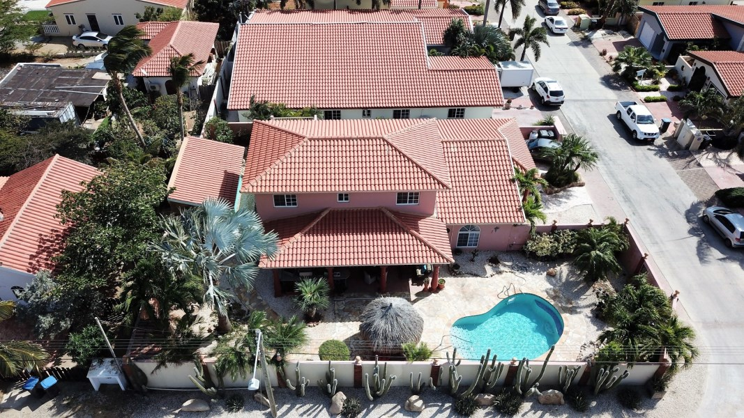 RE/MAX real estate, Aruba, Paradera, Bloemond 28 W