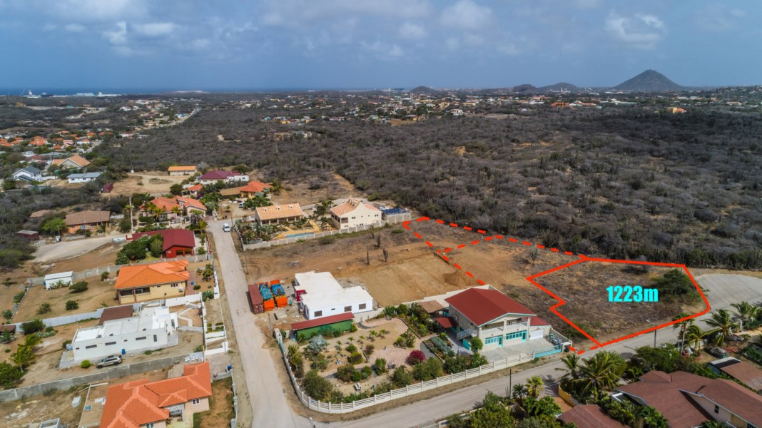 RE/MAX real estate, Aruba, Santa Cruz, Bringamosa z/n 1223m2 property land