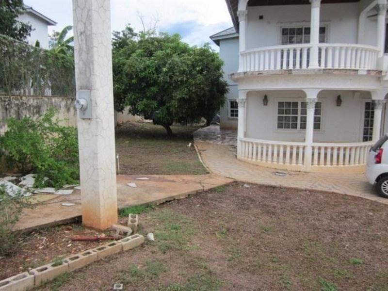 RE/MAX real estate, Jamaica, Hellshire, 81 Hellshire Drive St. Catherine Hellshire