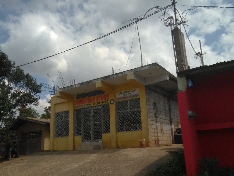 RE/MAX real estate, Jamaica, Linstead, 4 Victoria Street  St. Catherine Linstead