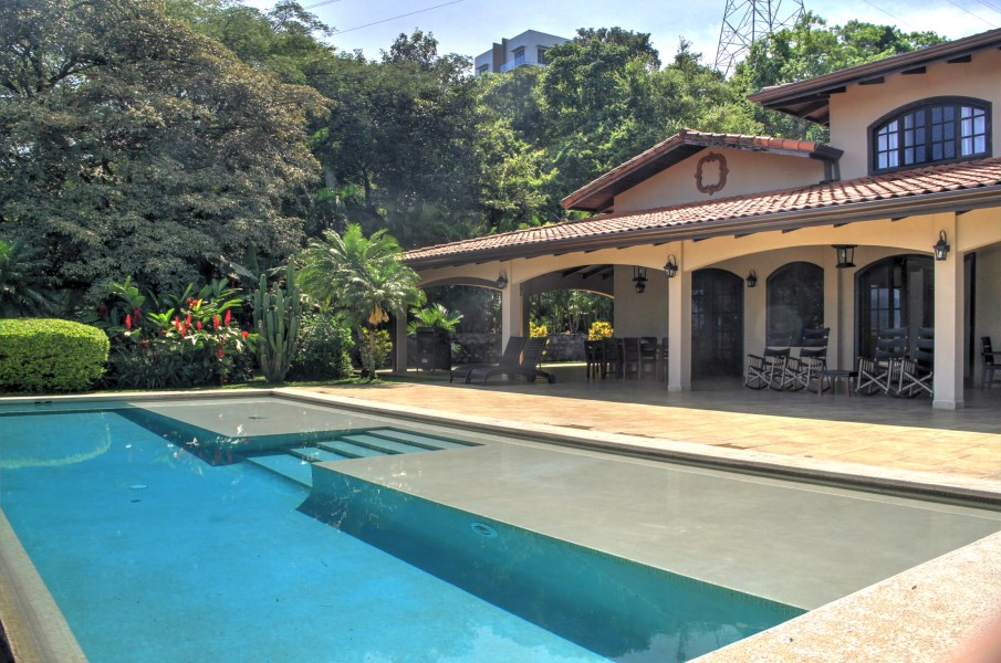 Remax real estate, Costa Rica, Atenas, Luxury Villa With Amazing Views
