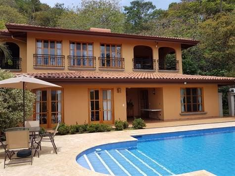 Remax real estate, Costa Rica, Atenas, This colonial style house is located in an exclusive, quiet and secure private residential complex about 10 minutes from Atenas center.
