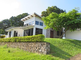 Remax real estate, Costa Rica, Atenas, New home for rent in gated community
