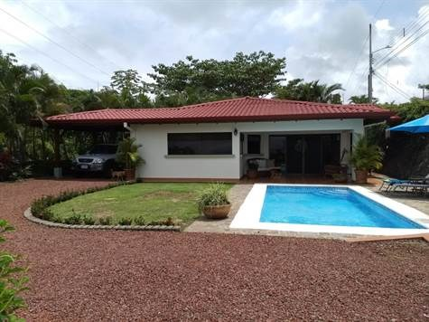 Remax real estate, Costa Rica, Atenas, Home in  the most popular gated community in Atenas