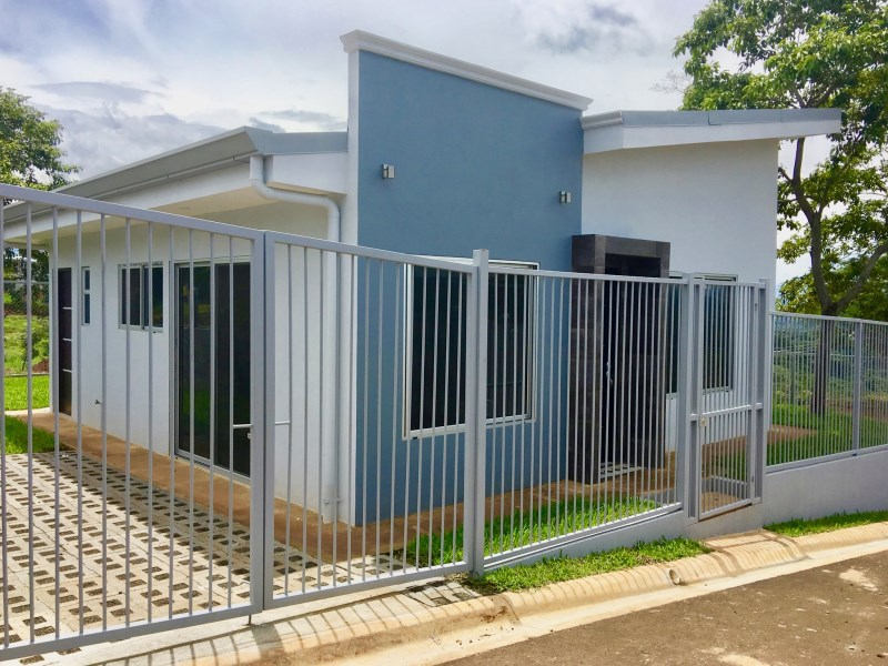 Remax real estate, Costa Rica, Atenas, New Home in Atenas countryside