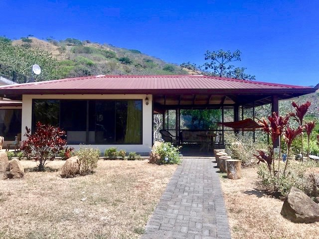 Remax real estate, Costa Rica, Atenas, Furnished Home in gated community