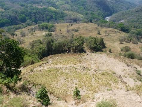 Remax real estate, Costa Rica, Atenas, Scenic development property of proximally 32 hectares
