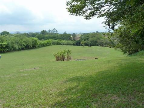 Remax real estate, Costa Rica, Atenas, This property has excellent development potential with gently rolling usable land
