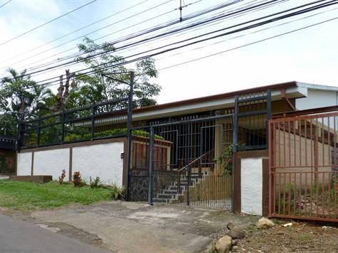 Remax real estate, Costa Rica, Atenas, Excellent Central Atenas Location