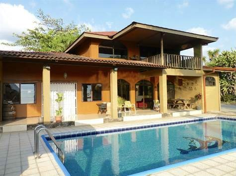 Remax real estate, Costa Rica, Atenas,  Home is located about 7 minutes from Atenas center.