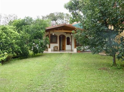 Remax real estate, Costa Rica, Atenas, Furnished home very safe in Atenas area