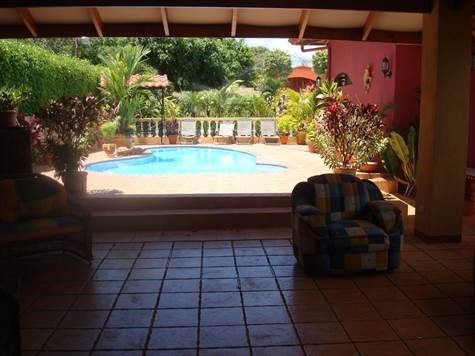 Remax real estate, Costa Rica, Atenas, Home with pool and large rancho in Atenas (Furnished $1800)
