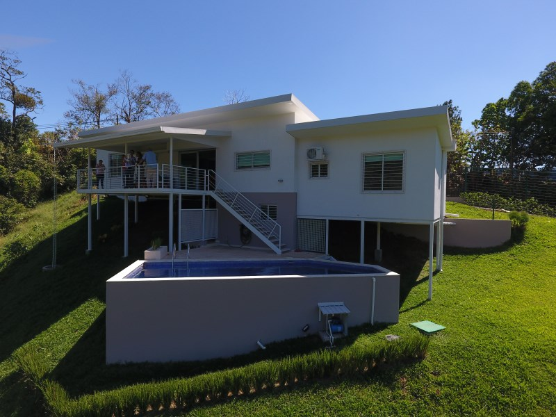 Remax real estate, Costa Rica, Atenas-Escobal, Ultramodern home with fine finishes in the Atenas nature