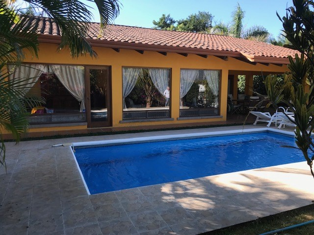 Remax real estate, Costa Rica, Atenas, Furnished home in Roca Verde community