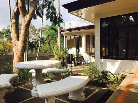 Remax real estate, Costa Rica, Alajuela, Home near Atenas Center very nice and very secure