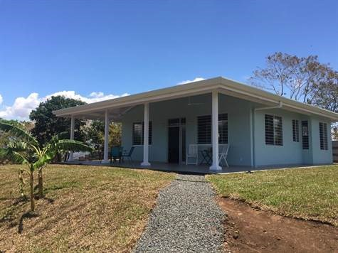 Remax real estate, Costa Rica, Atenas, Home with nice finishes just 15 min. walk from Atenas  Center