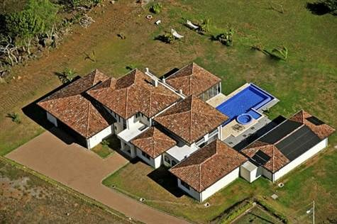Remax real estate, Costa Rica, Alajuela - La Guácima, Elegantly built home in private area of Hacienda Los Reyes