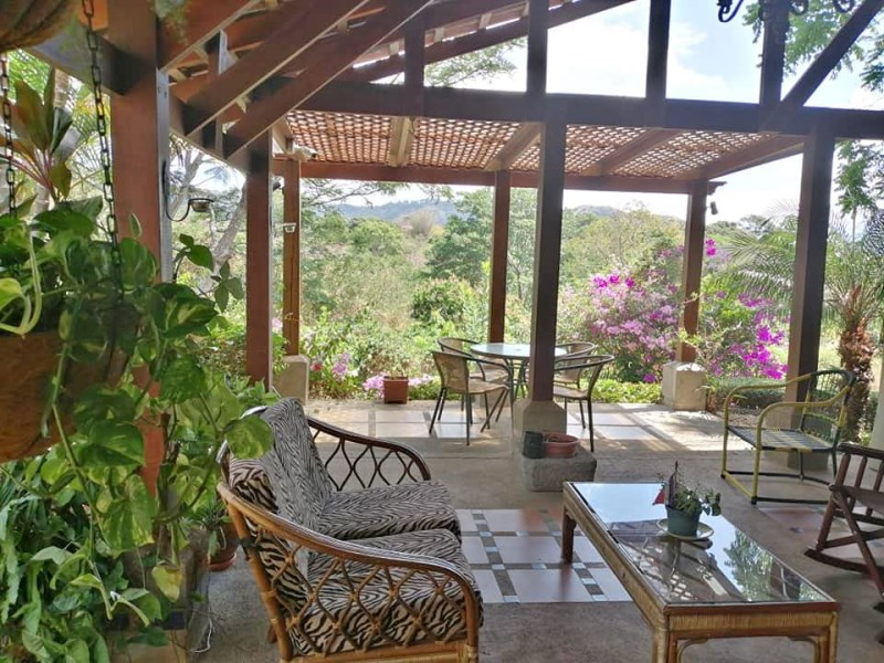 Remax real estate, Costa Rica, Atenas, Home located in a tranquil and exclusive neighborhood of Atenas