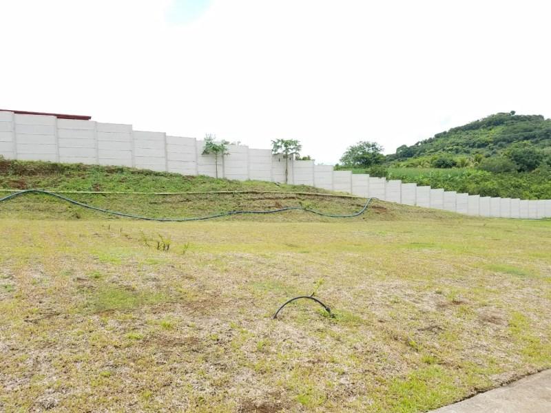 Remax real estate, Costa Rica, Grecia-Puente de Piedra, lot in condominio