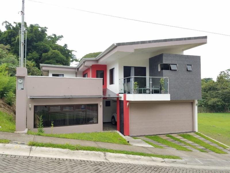 Remax real estate, Costa Rica, Grecia-Puente de Piedra,  Contemporary home...the price includes all the furniture