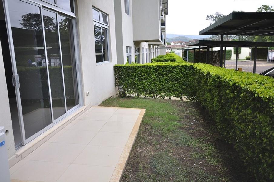 Remax real estate, Costa Rica, Santa Ana, Beautiful one-story apartment/ San Ana