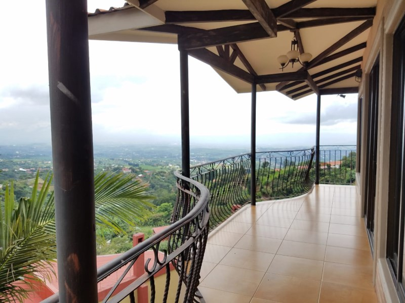 Remax real estate, Costa Rica, Grecia-San Isidro, Opportunity / beautiful house /exceptional view