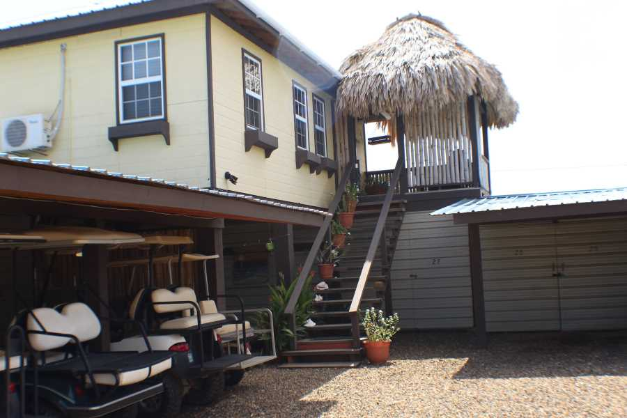 Remax real estate, Belize, Placencia, B6930 - Placencia Mini Storage