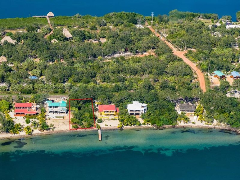 Remax real estate, Belize, Placentia Village, 6559-Beachfront Lot in Surfside