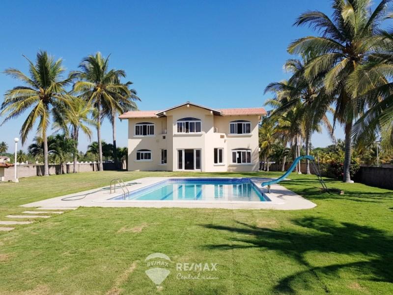 RE/MAX real estate, El Salvador, San Luis, BEAUTIFUL BEACH HOUSE FOR SALE IN COSTA DEL SOL