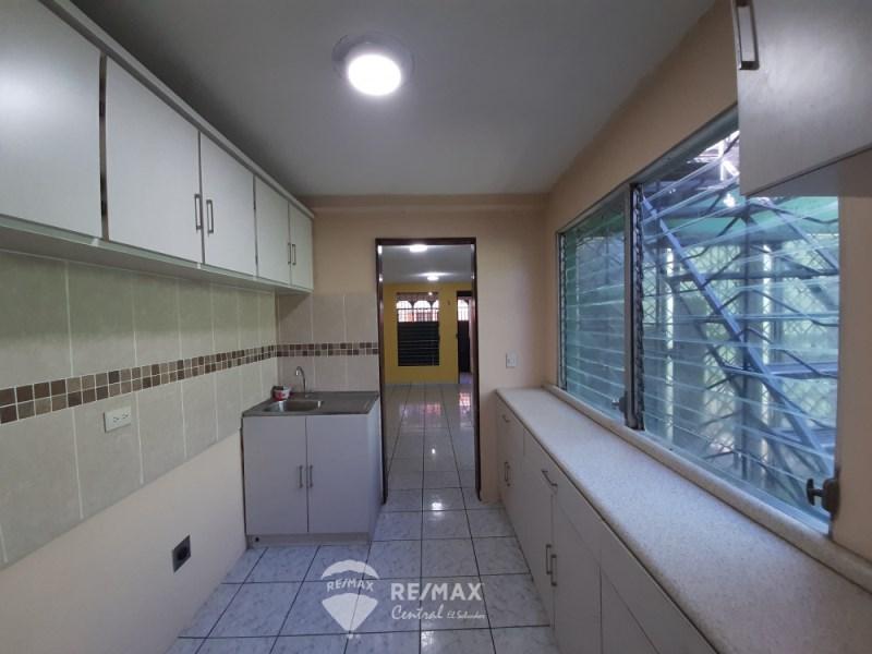 Remax real estate, El Salvador, San Salvador, HOUSE FOR SALE  IN RESIDENTIAL CLAUDIA