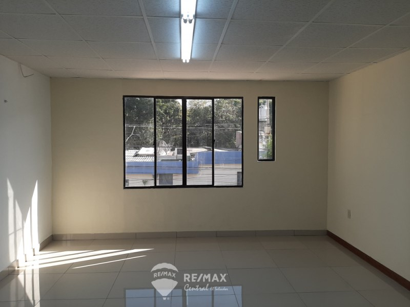 Remax real estate, El Salvador, San Salvador, BUILDING FOR RENT 2 LEVELS  IN COLONIA ROMA