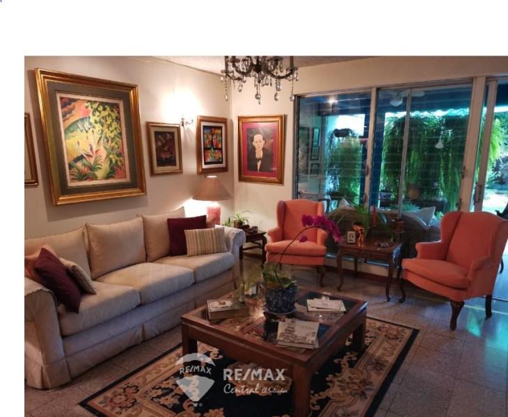 Remax real estate, El Salvador, San Salvador, RESIDENTIAL  FOR SALE IN COLONIA SAN BENITO