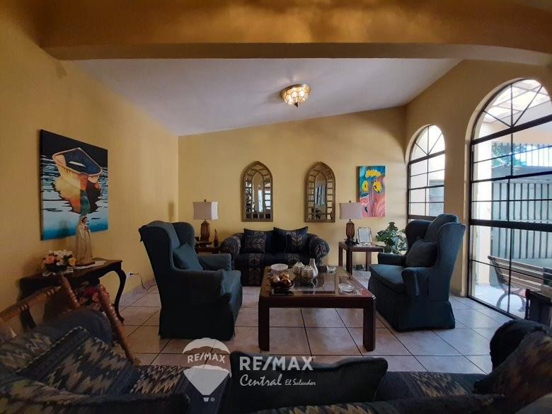 Remax real estate, El Salvador, San Salvador, HOUSE FOR SALE IN COLONIA CENTRAL AMERICA