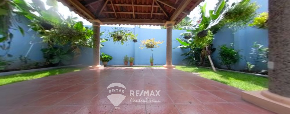 House For Sale In Residential Forests Of Sata Teresa Merliot