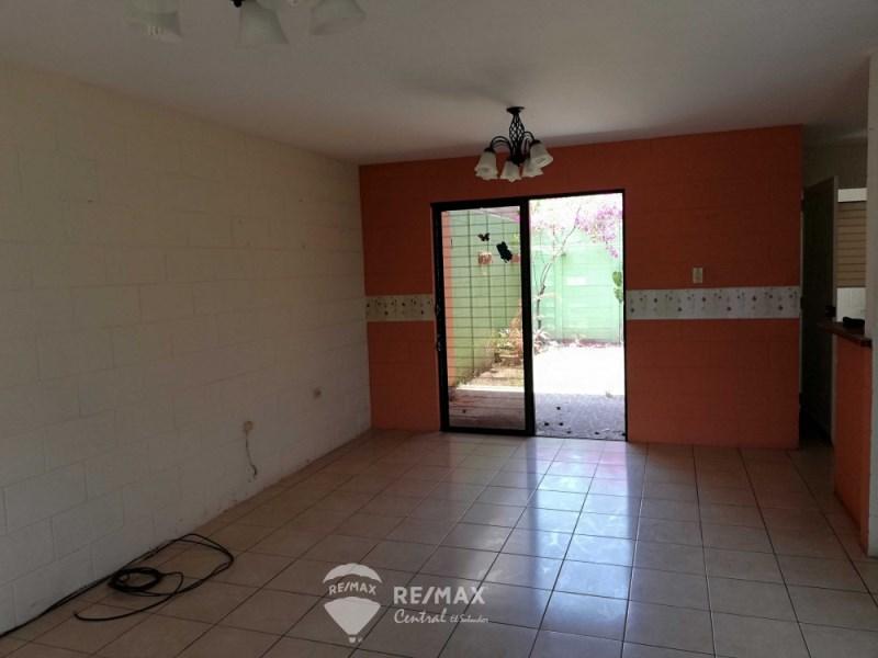 Remax real estate, El Salvador, Colón, HOUSE IN PRIVATE RESIDENTIAL LOS LAURELES, LOURDES