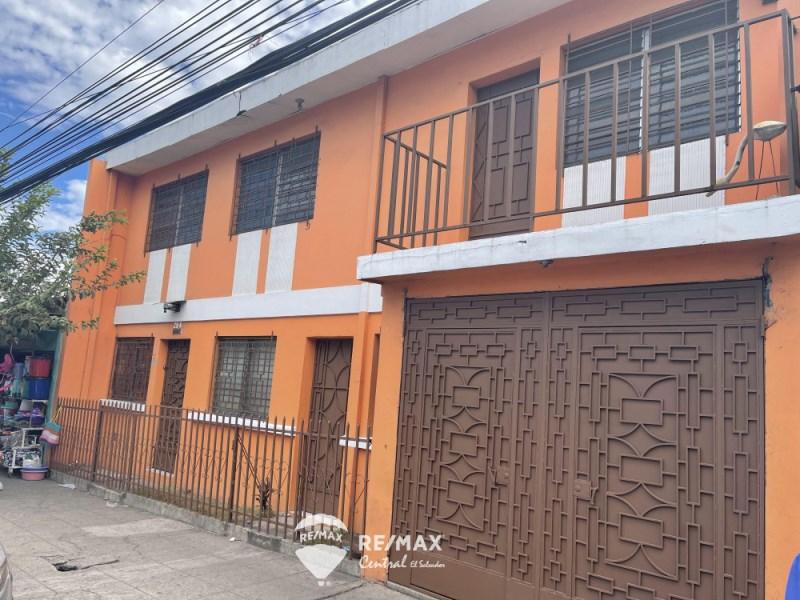 Remax real estate, El Salvador, Apopa, Spacious house on Quirino Chavez, Apopa
