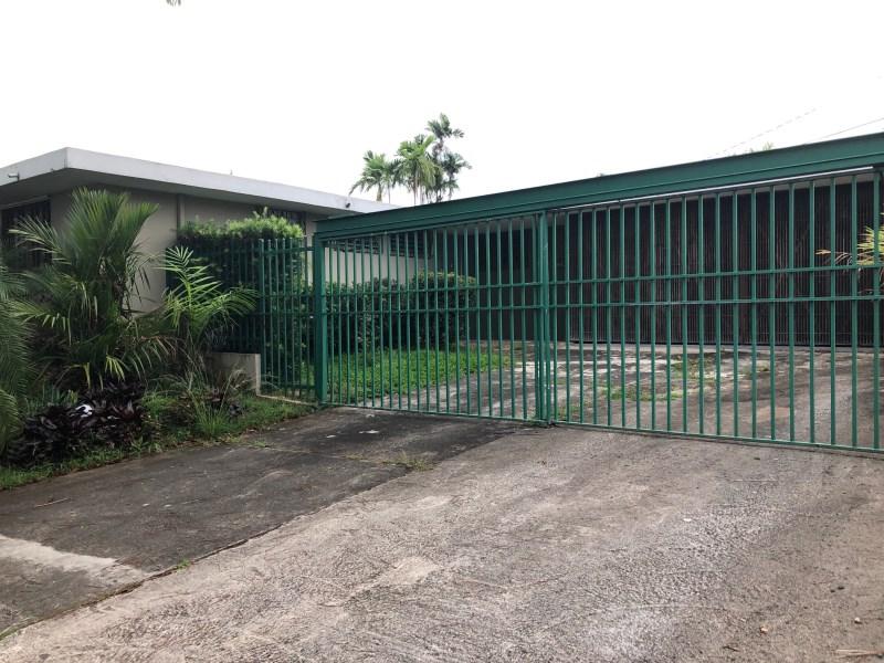 RE/MAX real estate, Puerto Rico, URB Torrimar, REALTY PROPERTY  URB.  TORRIMAR. AVE. RAMIREZ