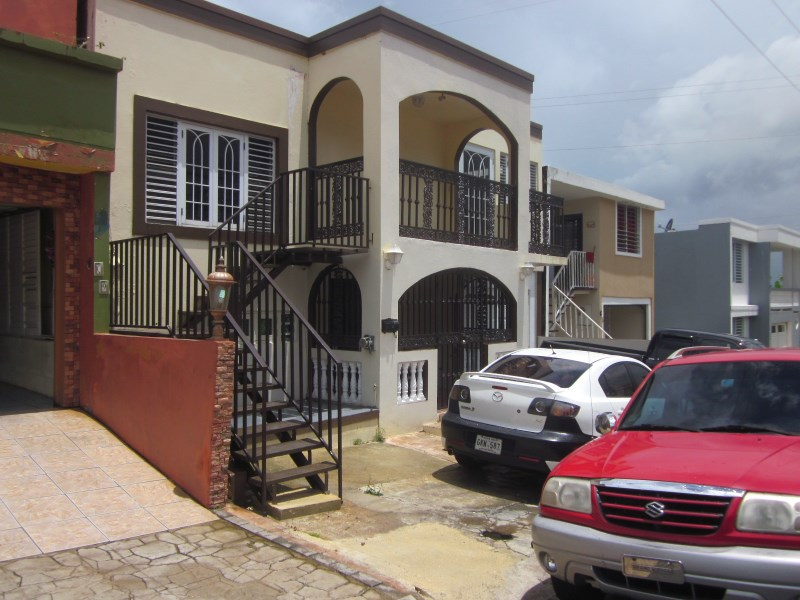 RE/MAX real estate, Puerto Rico, URB Maria Del Carmen, COROZAL- BEAUTIFUL HOUSE WITH TWO FLOORS