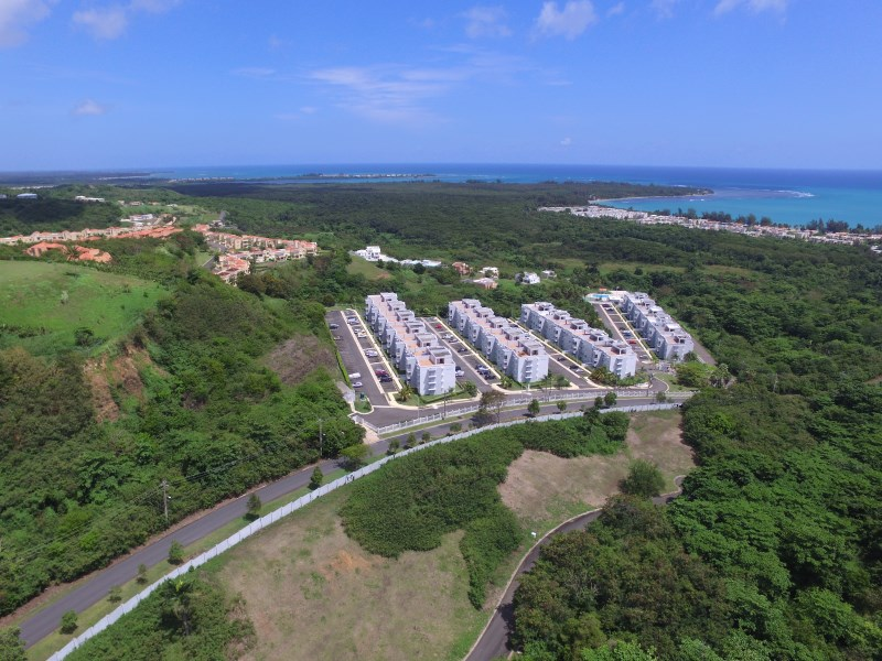 RE/MAX real estate, Puerto Rico, Rio Grande, HILLSIDE VILLAGE FOR RENT, BEAUTIL APARTEMT WITH GREAT  SEA VIEW