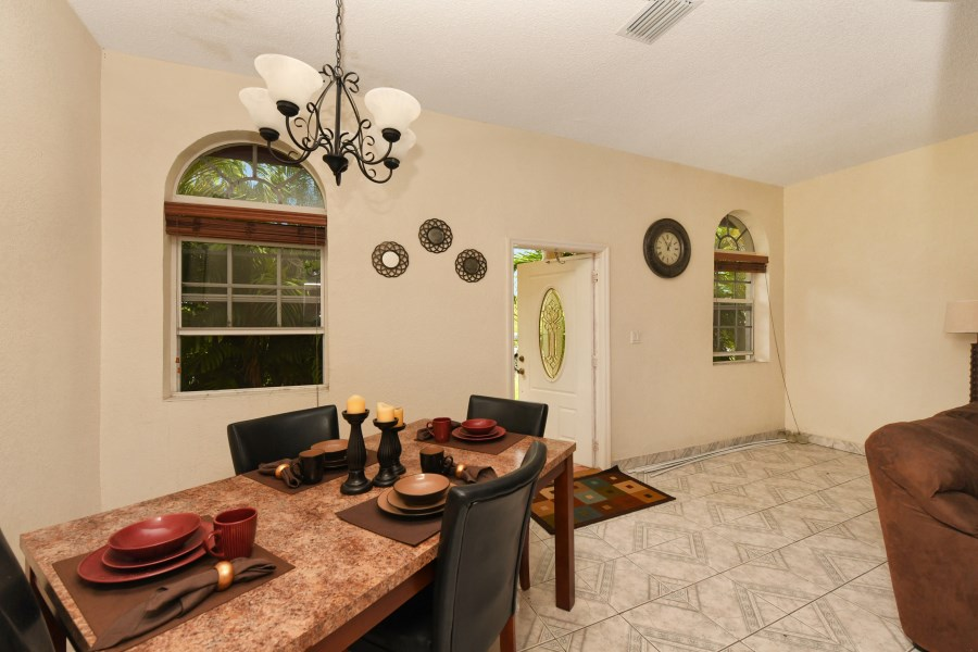 RE/MAX real estate, Bahamas, Bahamia, RENTAL -TURN-KEY ONE BR- SOUTH BAHAMIA