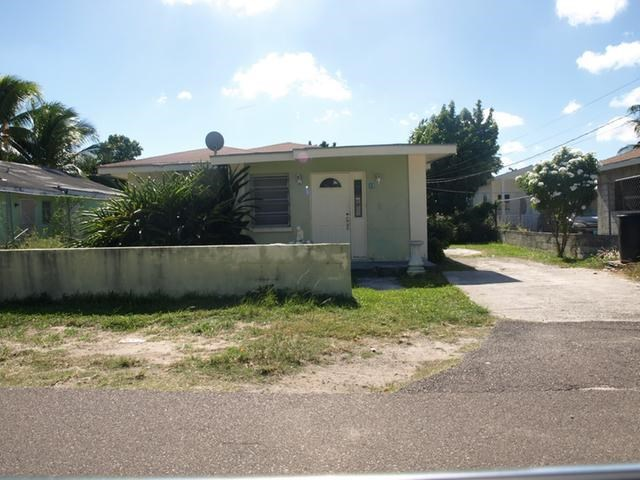 RE/MAX real estate, Bahamas, Nassau, 4 BR GARDEN VIEW ESTATES