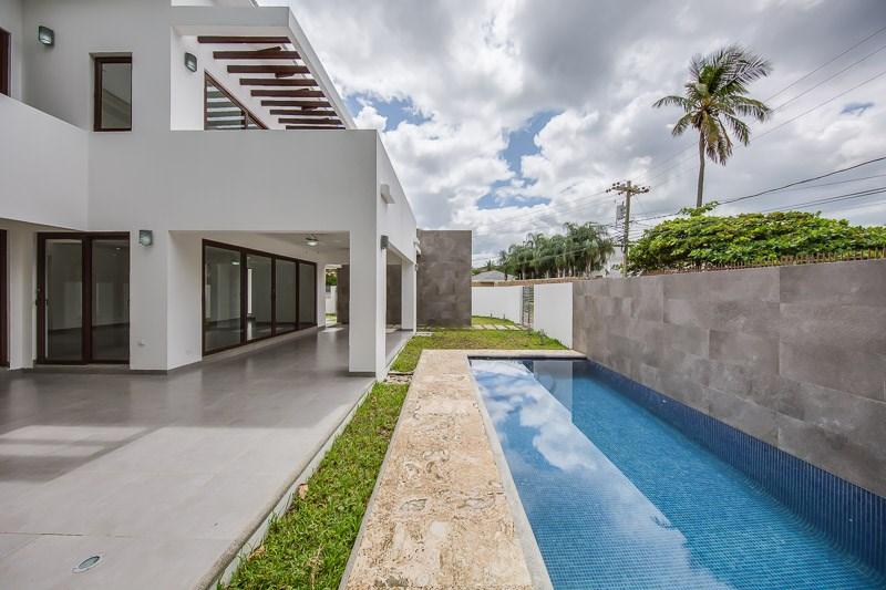 Remax real estate, Nicaragua, San Juan del Sur, Beach House - San Juan del Sur