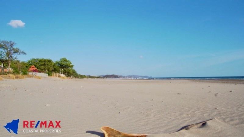 Remax real estate, Nicaragua, Tola, Popoyo Acreage – Walk to Beach!