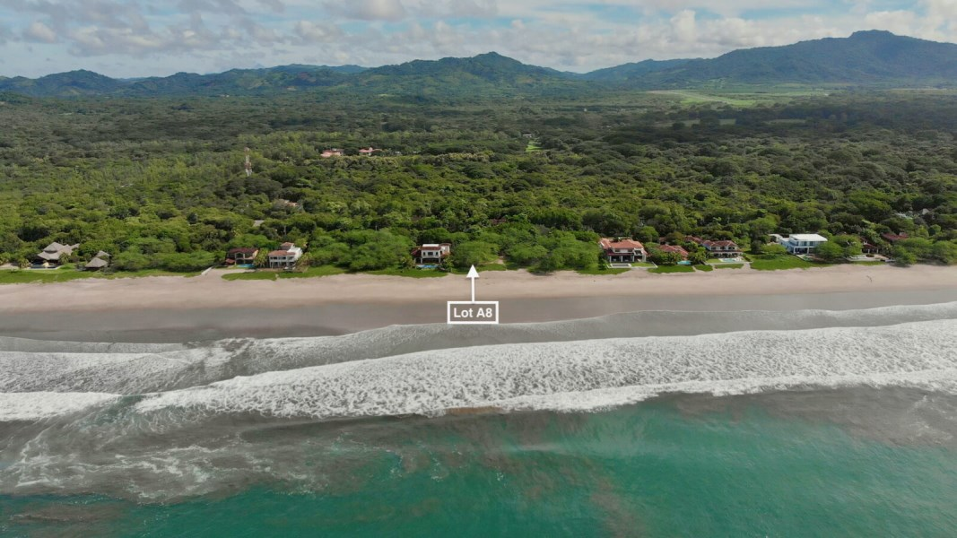 Remax real estate, Nicaragua, Tola, Beachfront Lot at Hacienda Iguana