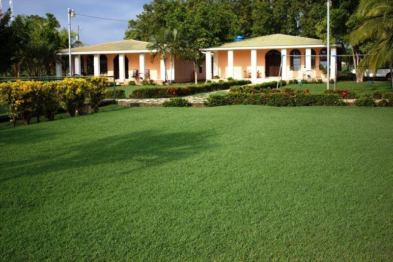 Remax real estate, Nicaragua, Los Cedros, Multi-purpose property
