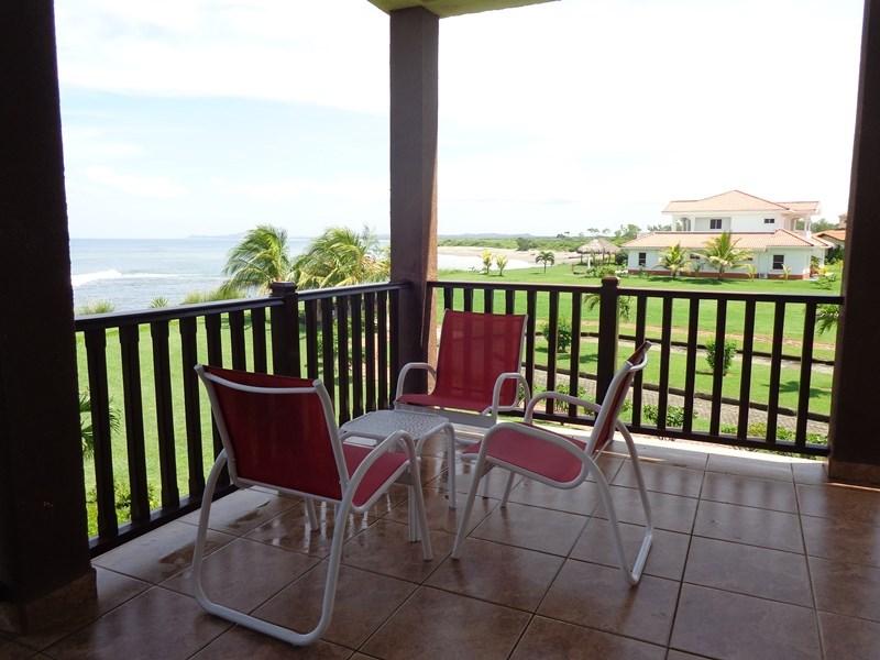 Remax real estate, Nicaragua, Managua, Stunning Corner Unit