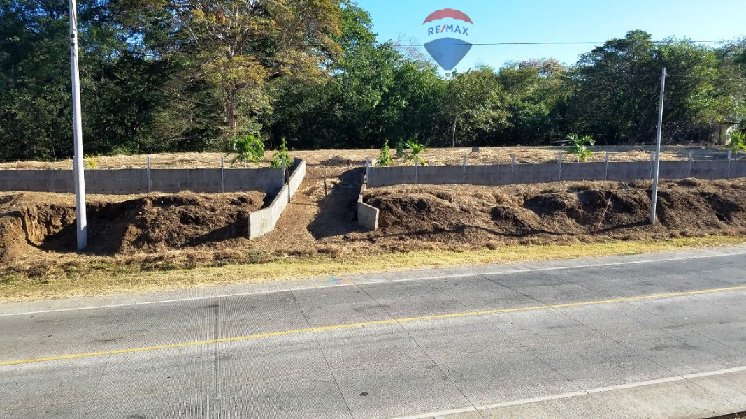 Remax real estate, Nicaragua, Los Cedros, Enormous Commercial Potential Lot