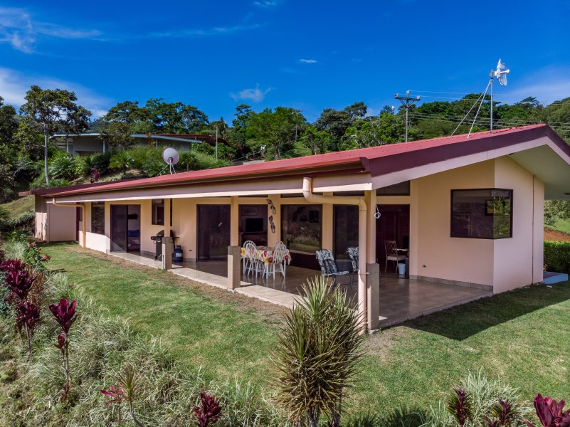 Remax real estate, Costa Rica, Puriscal-Barbacoas, House of Valley Lights